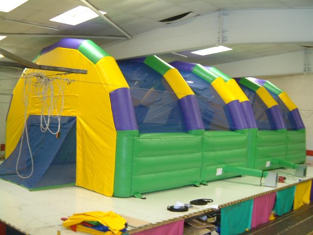45x25x5ft enclosed 5 a side football arena bb 081c - Enclosed beds for adults ...