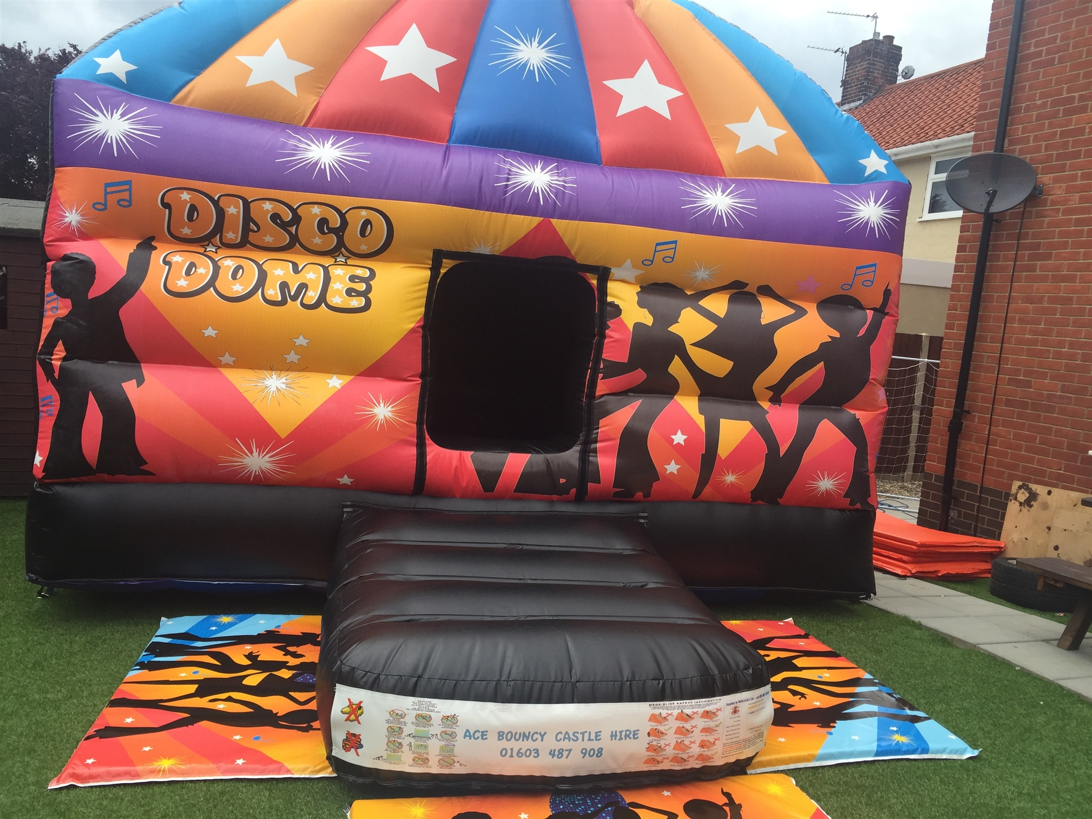 Children S Bouncy Castle Hire Bouncy Castle Hire In