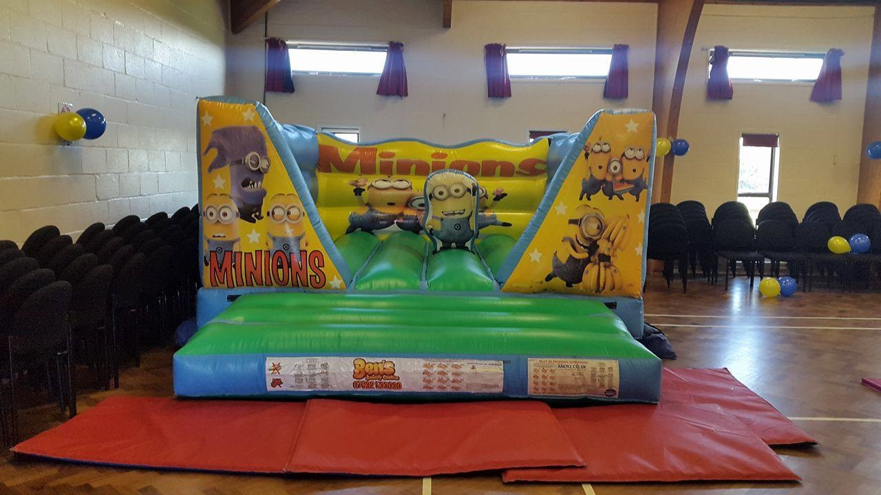 Indoor Bouncy Castles Play Parks And Soft Play Bouncy