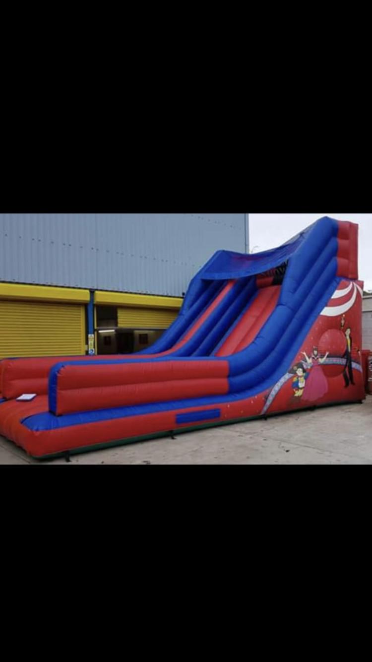 Bouncy Castle Hire Manchester Salford Pj Leisure Bouncy