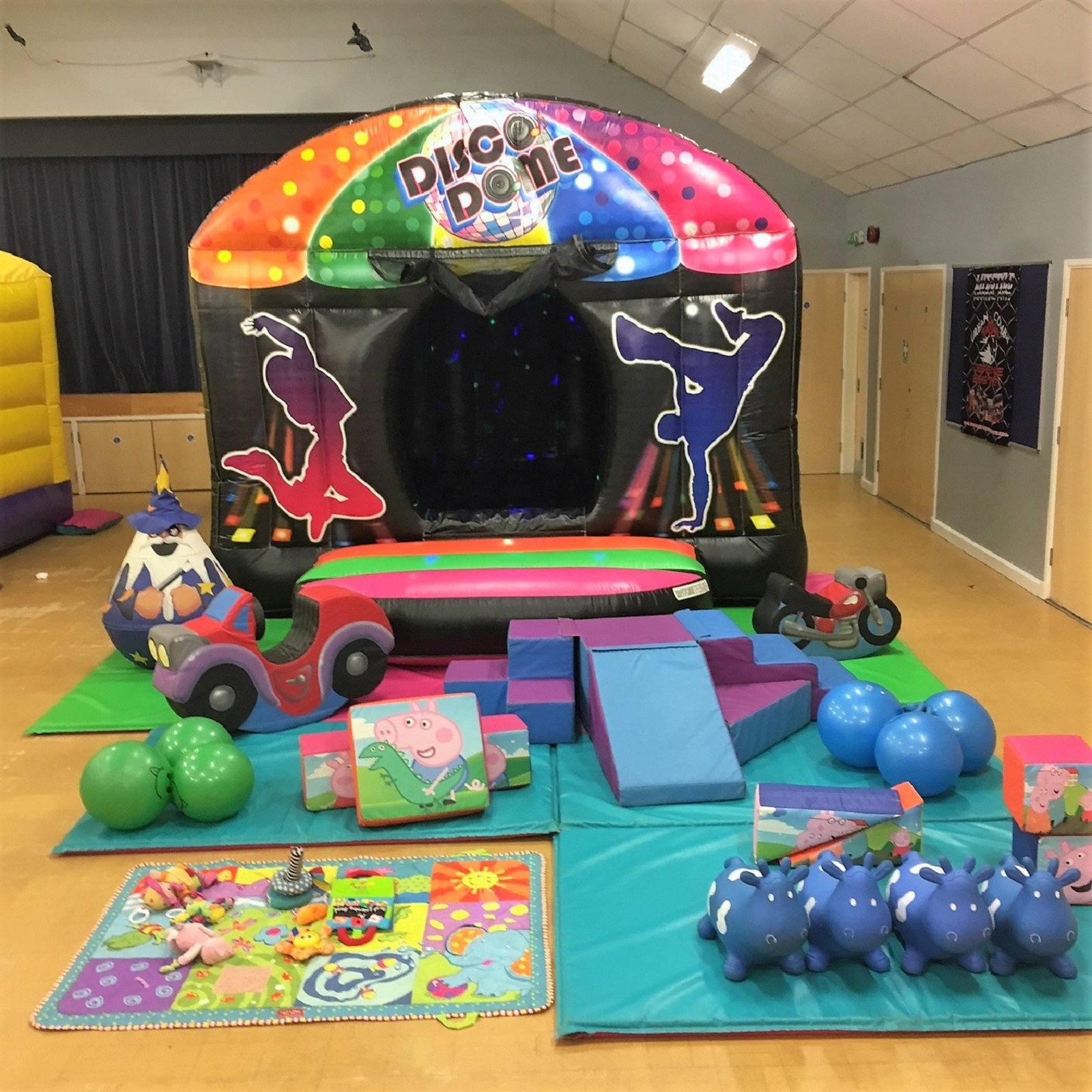 Leeds Castle Christmas Party: Bouncy Castle Hire In Leeds