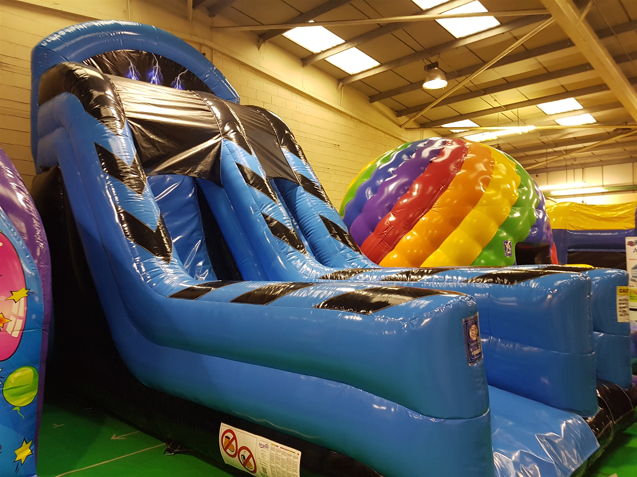 Childrens Castles Bouncy Castle Hire Coventry And Rugby