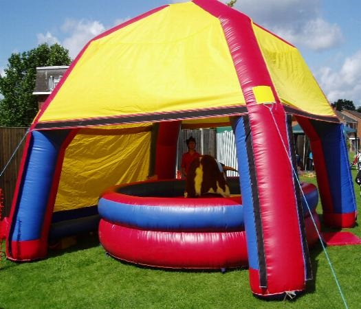 Inflatable Slide Hire Uk: Bouncy Castle Hire In Leeds, Bradford