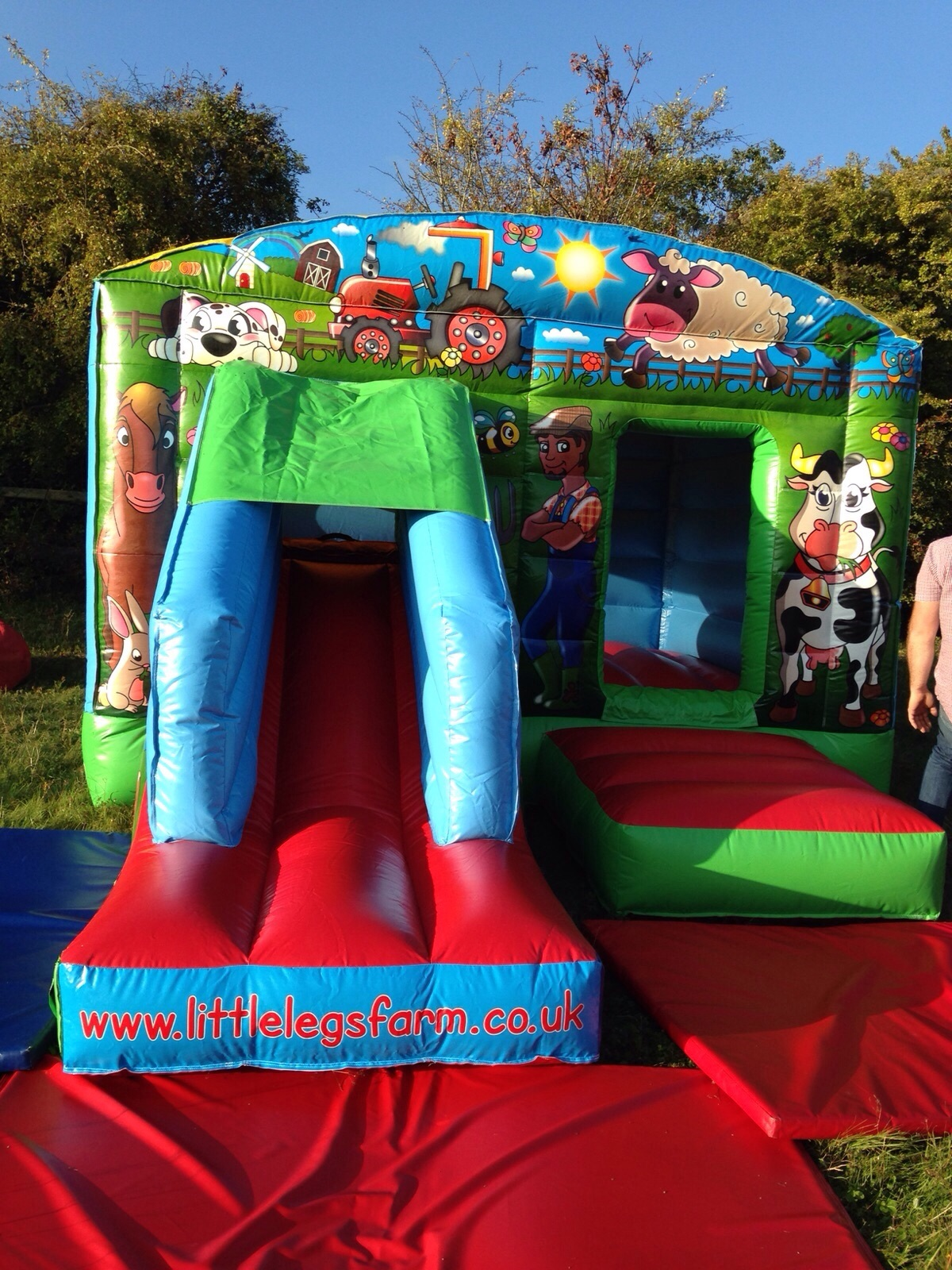 12ft x 18ft farm bounce house with slide