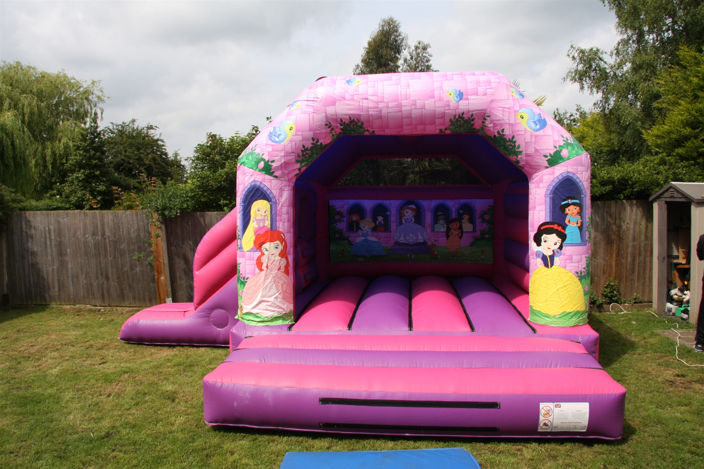 Bouncy Castles Bouncy Castle Hire In Essex Southminster