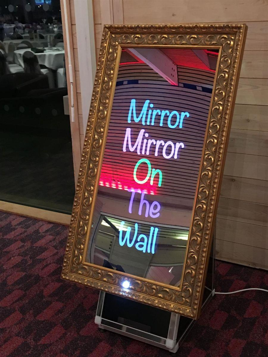 magic mirror photo booth kent