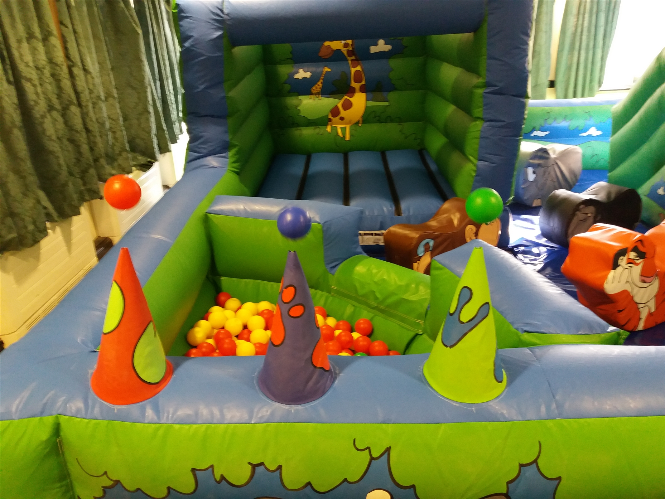 Jungle Play Park With Softplay - Bouncy Castle And Soft ...