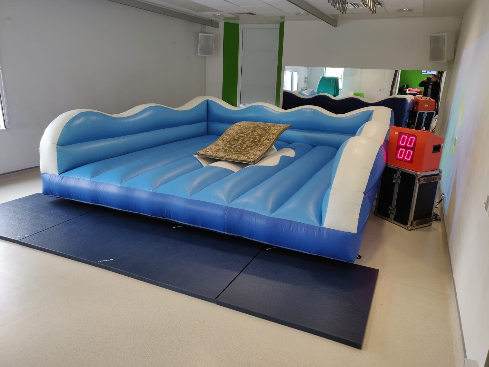 The Flying Carpet Rodeo Bull Hire In Essex London