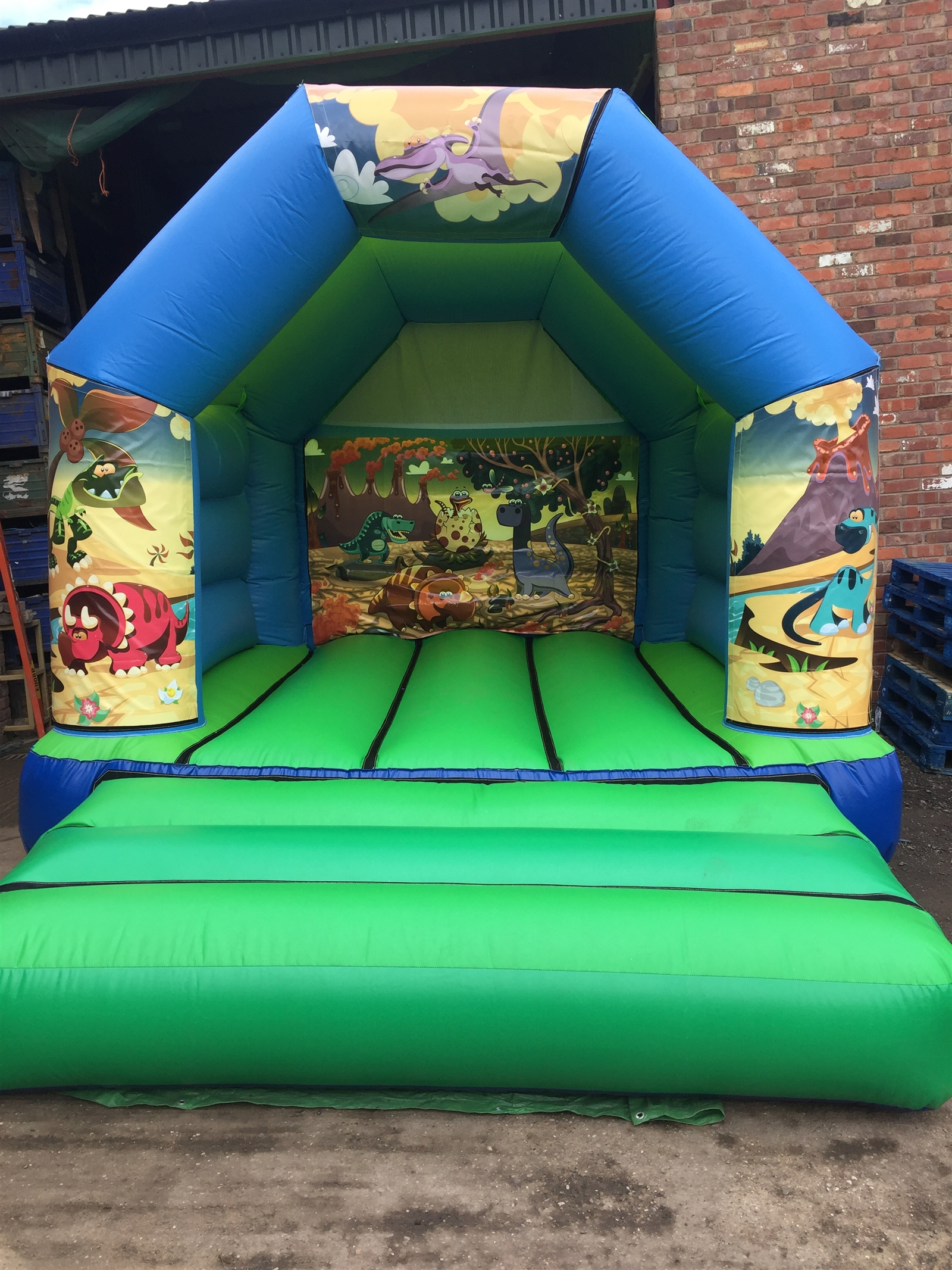 Childrens Bouncy Castles - Bouncy Castle Hire in Coventry ...