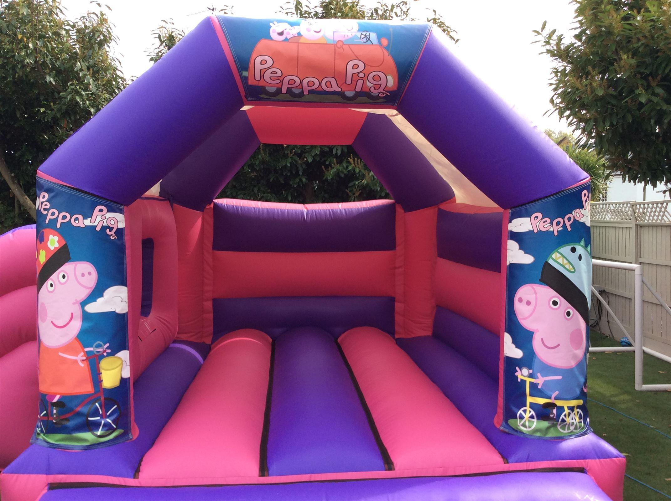 Peppa Pig Bouncy Castle 16ft Vs 15ft Bouncy Castle Hire