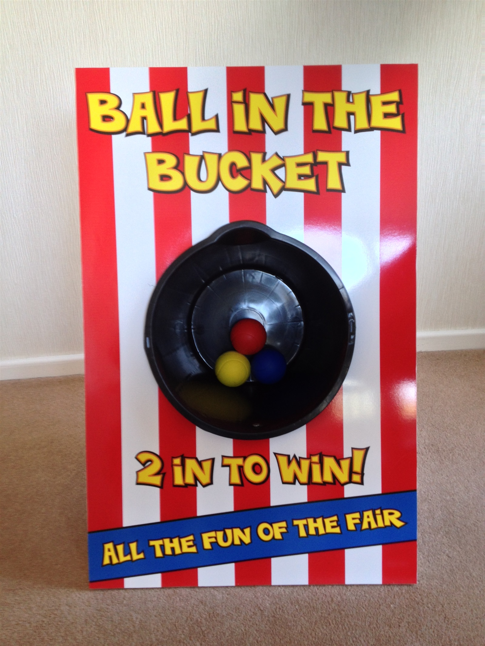 Ball in the Bucket - Rules to play Parachuting