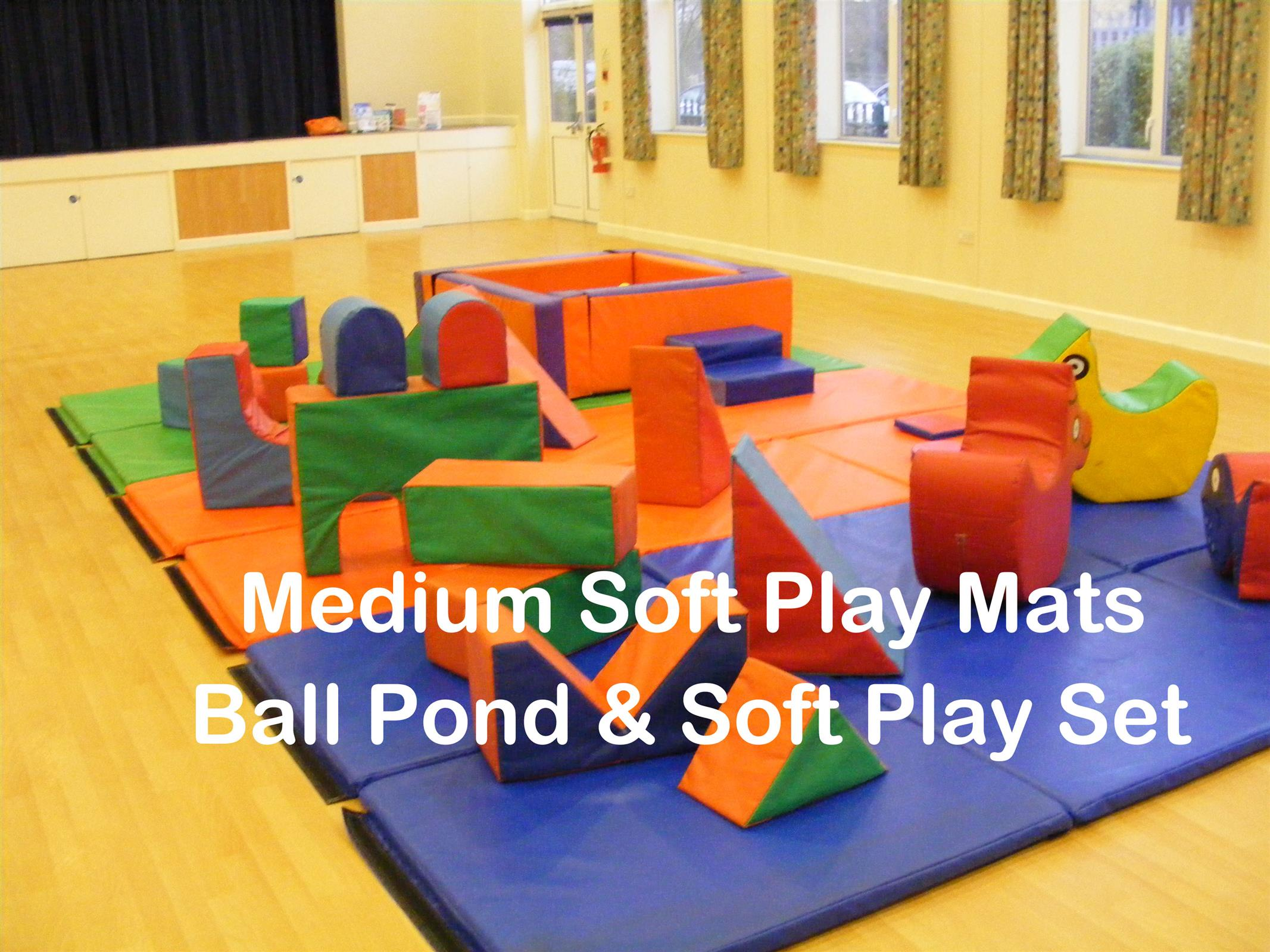 Medium Soft Play and Ball Pond Bouncy Castle Hire in Bedford