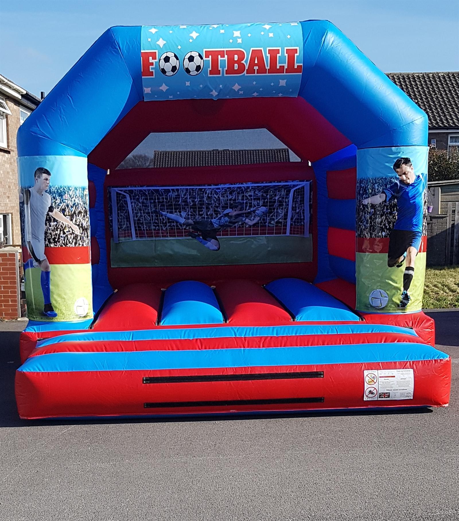 Inflatable Chesterfield Sofa Hire: Bouncy Castle Hire Sheffield Barnsley Rotherham In