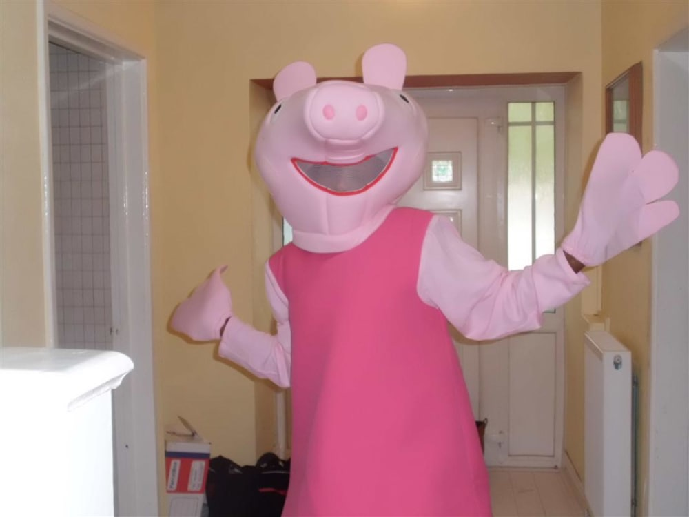 Peppa Pig Mascot Costume Bouncy Castle Inflatables Hire In