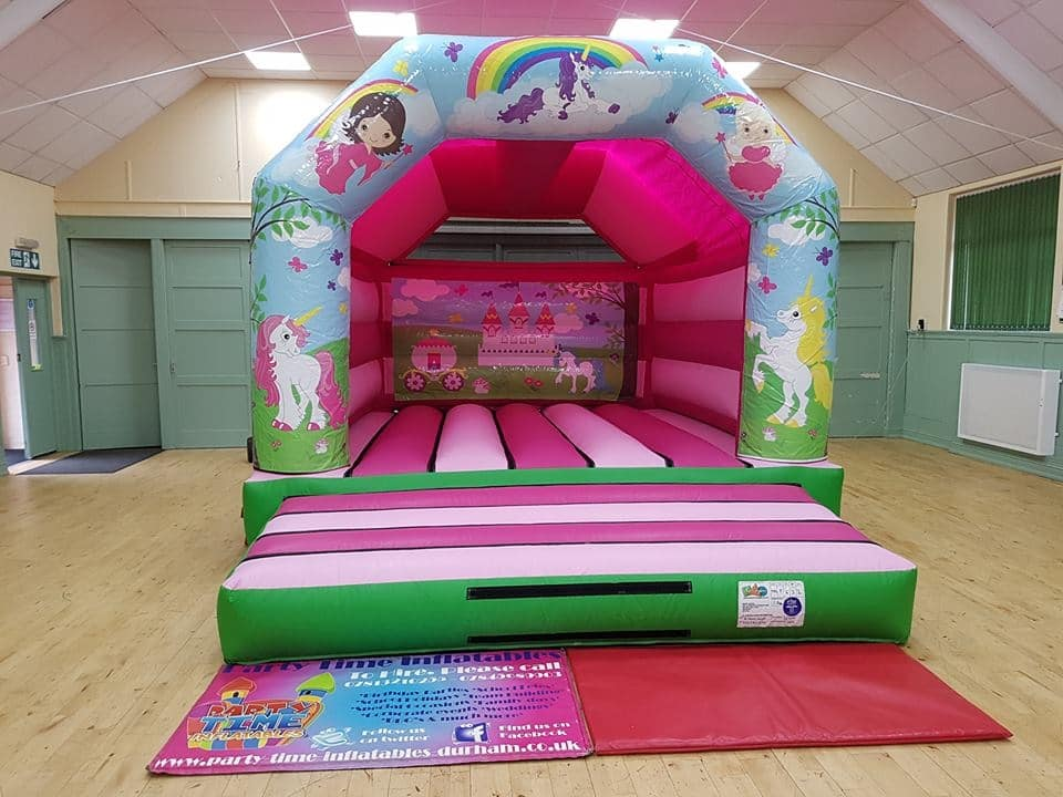 Princess & Unicorn bouncy castle Durham | Darlington