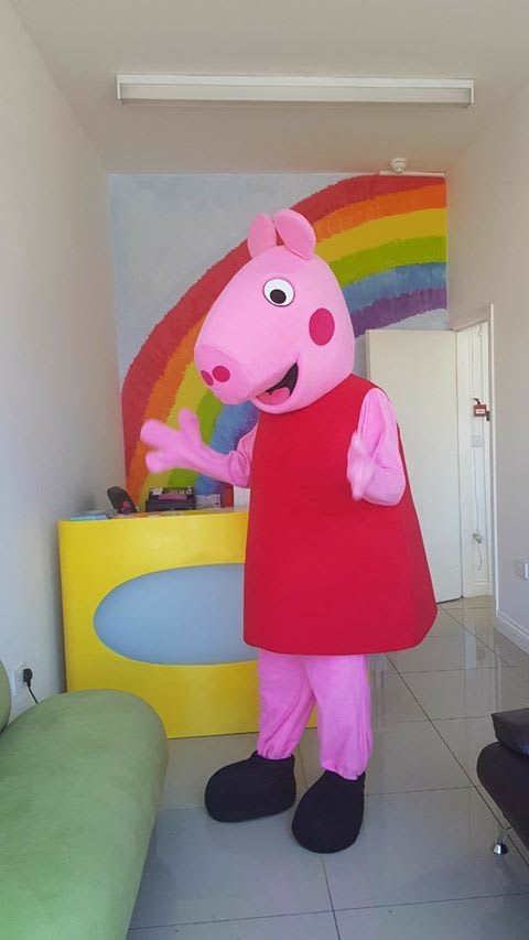 Peppa Pig Mascot Costume Bouncy Castle Hire In Croydon Bromley