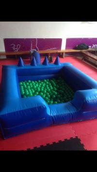 Inflatable Ball Pool blue