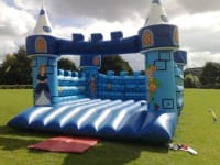 25x25ft Medieval bouncy castle GIANT # Great for Adults and Children