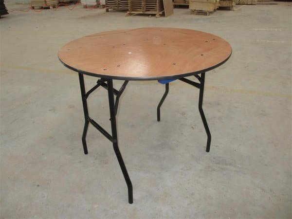 Round Table Lincoln.3ft Round Table