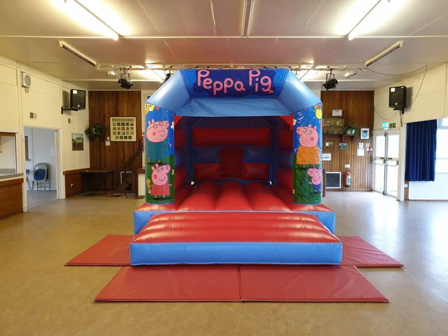 Peppa Pig Bouncy Castle - Bouncy Castle